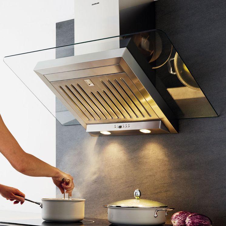 Hotte cuisine murale Silverline ATIKA inox et verre 60 cm