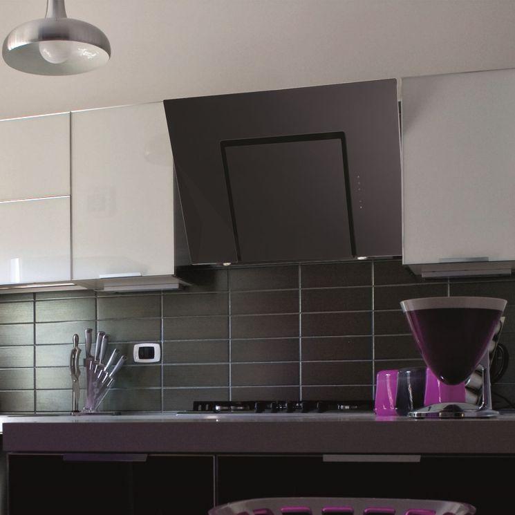 Hotte cuisine murale Silverline ZENA noire 600 (mm)