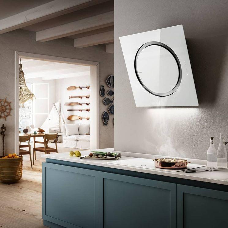 Hotte cuisine Elica murale verre blanc OM AIR 75 cm